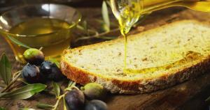 Perfekte Harmonie: Olivenöl & Brot